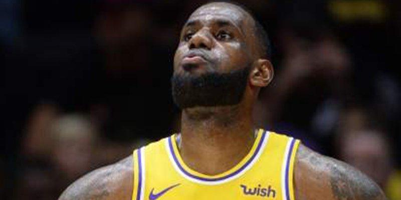 """Risas y quejas en Los Angeles porque LeBron James intenta registrar su """"martes de tacos"""""""