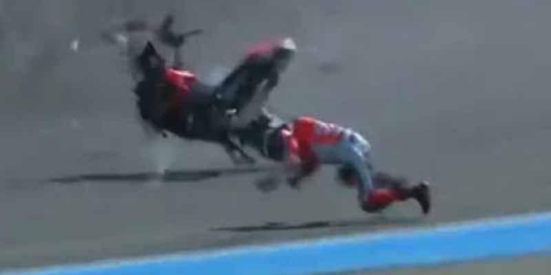 Jorge Lorenzo parte su moto a más de 150 km/h en el GP de Tailandia