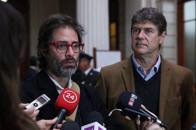 """Víctimas de Karadima: """"La Iglesia chilena pone trabas a la investigación de abusos"""""""