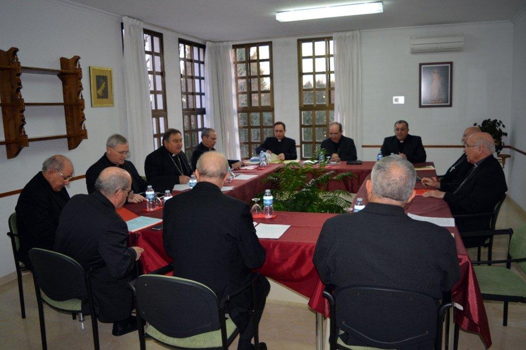 """Los obispos andaluces expresan su """"plena comunión"""" con el Papa Francisco"""