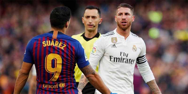 El Barça sacude al Real Madrid una manita y le deja a siete puntos en el 'adiós' de Lopetegui