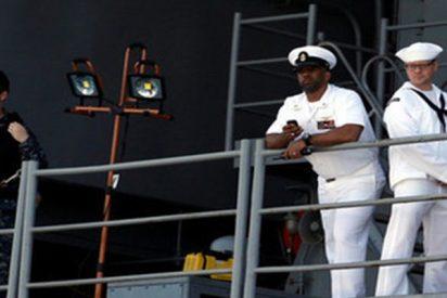 Arrestan a este marine drogado por correr desnudo en un parque de atracciones en Estados Unidos