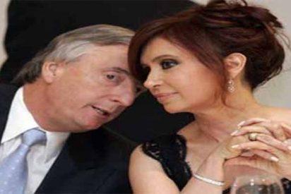 """Cinco nuevos detenidos por colaborar en la trama corrupta """"cuadernos de las coimas"""" de los Kirchner"""