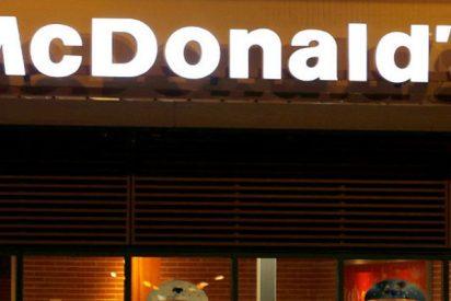 Así fue la pelea más ridícula de la historia, 'estilo wrestling' en un McDonald's