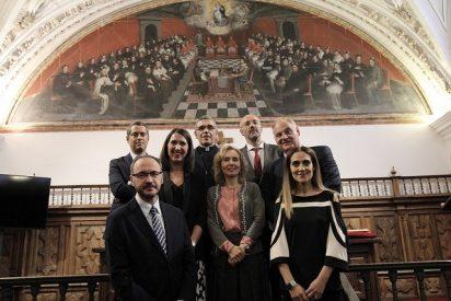 Toma de Posesión de decanos y profesores numerarios en la UPSA