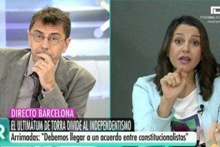 "Arrimadas abochorna a un Monedero alienado: ""¡Yo he visto un diputado de tu partido quitando banderas de España!"""