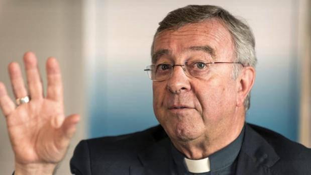 """El obispo de Mallorca califica de """"ayuda"""" la renta al expárroco pederasta"""