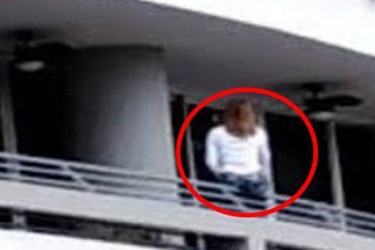 Este es el trágico instante en el que la mujer cae desde el balcón del piso 27 al intentar hacerse un selfie