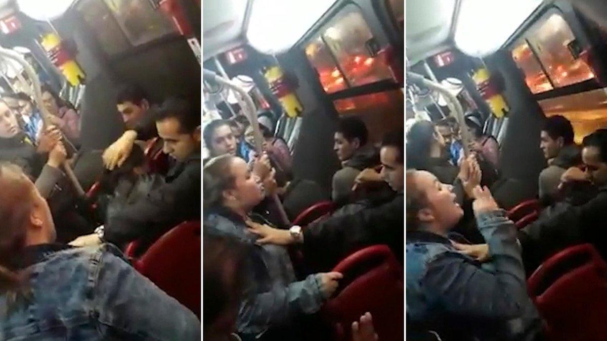 (VIDEO) Explosiva y violenta reacción de una colombiana al ver a su esposo con la amante en el bus