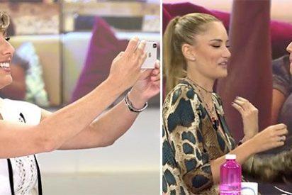 Alba Carrillo y Abraham se besan en directo en 'Telecinco' ante una petrificada Sonsoles Ónega que lo graba con su móvil