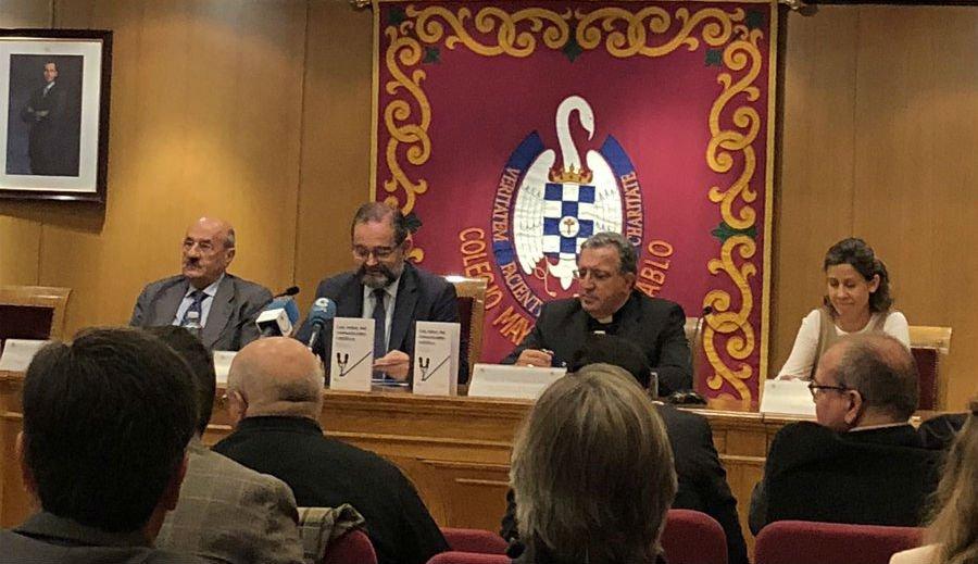 """García Beltrán: """"La Iglesia comunica bien, pero la comunicación es mejorable"""""""