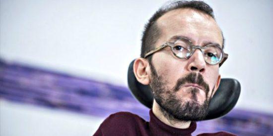 Las cochinas razones de Echenique para insultar al rey y sentirse más español que el líder de VOX