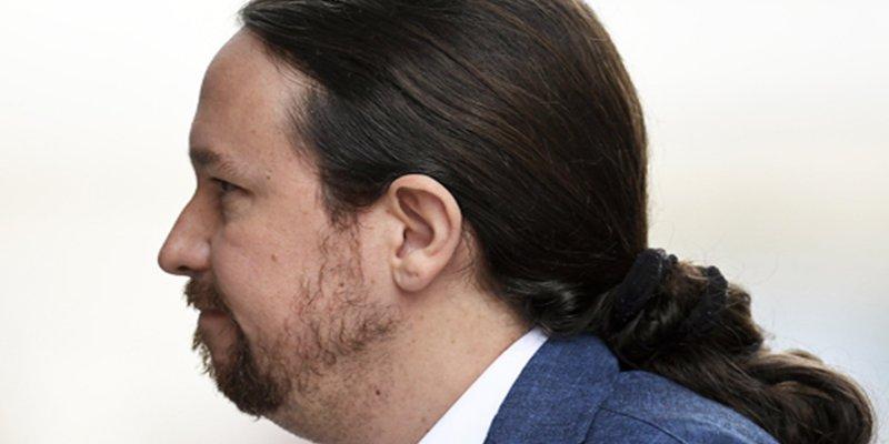 """El líder supremo de Podemos, Pablo Iglesias responde cabreado a un tuit en el que le llaman """"gordo"""""""