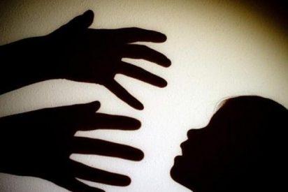 Un militar grancanario abusa sexualmente de su hija menor y su 'amiguita': lo graba en vídeo con cámaras ocultas