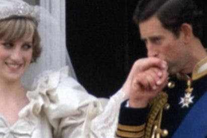 Así fue el desesperado último intento del Príncipe Carlos antes de casarse con Lady Di