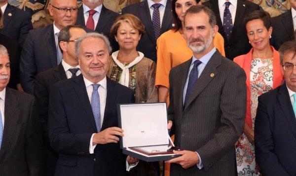 Su Majestad el Rey recibió en audiencia al Pleno del Consejo General De Procuradores de España