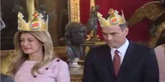 La Casa del Rey intenta salvar el culo 30 horas después al achicharrado Pedro Sánchez