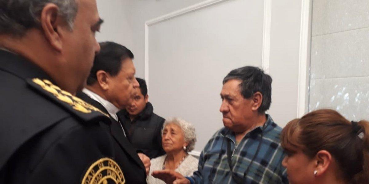 El cardenal Rivera acude al funeral de su escolta