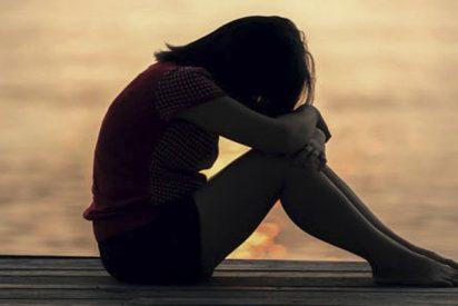Estos son los 5 hallazgos sorprendentes sobre la soledad y las personas que se sienten solas