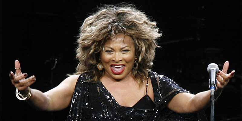 Tina Turner revela que su exmarido la llevó a un burdel a ver sexo en vivo la noche de bodas