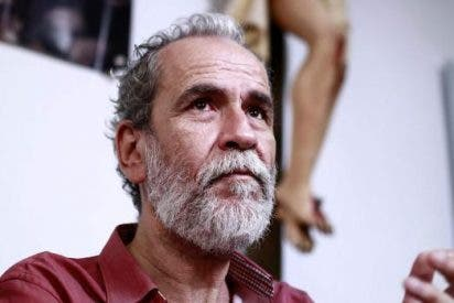 VOX le baja la chulería al facineroso Willy Toledo con una demanda por apología de la violencia