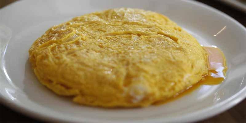 Betanzos recupera la receta original de su mítica tortilla y elimina un ingrediente 'fundamental'
