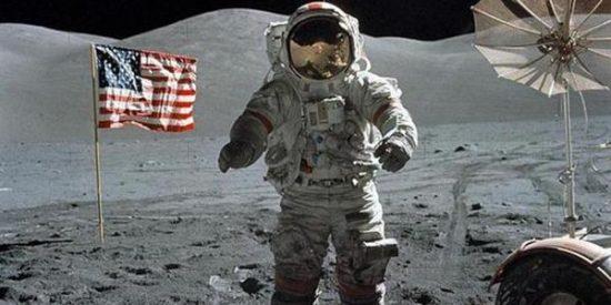 ¿Sabías que la Luna apesta?