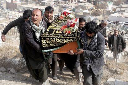 22 policías mueren en Afganistán durante una emboscada de talibanes