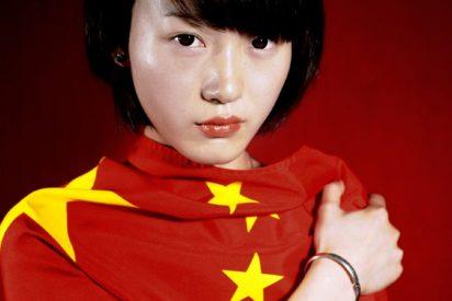 China condena a un año de prisión a la mujer que ocultó sus síntomas del COVID durante un vuelo
