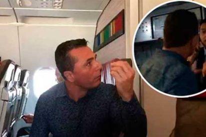 """¡Me estoy cagando, imbécil!"": Pasajero con diarrea agrede a un azafato en pleno vuelo"