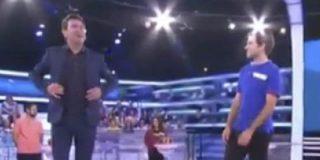 La reacción de Arturo Valls de la que todos hablan, tras la presentación de este joven concursante
