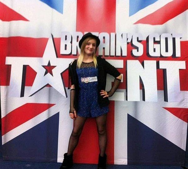 Una niña de 16 años busca brillar en Britain's Got Talent y termina suicidada por el bullying