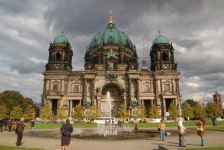La Justicia de Berlín deroga la orden del cierre nocturno de bares y restaurantes