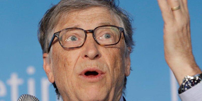 Bill Gates cree necesarios los impuestos para los robots para proteger los empleos humanos