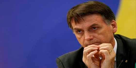 EEUU elogió la postura de Bolsonaro sobre el programa de médicos Cubanos