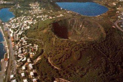 ¿Sabías que el mayor supervolcán de Europa se encamina hacia una pronta erupción?