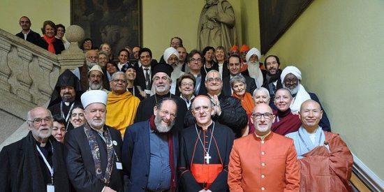 """Osoro, en un foro interreligioso: """"Todos somos hijos de Dios"""""""