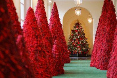 """La Red se burla de la """"sangrienta"""" decoración navideña de la Casa Blanca"""