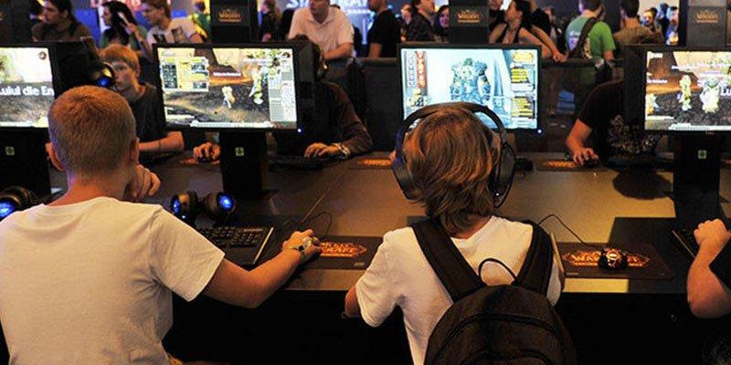 Un niño de 12 años pasa un año creando un videojuego en un cibercafé y se lo eliminan por error