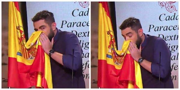 Soplamocos del bueno a Dani Mateo: un juzgado le toca las narices con una denuncia por ultrajar la bandera