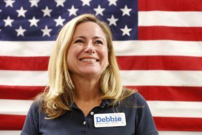 Ella es Debbie Murcasel-Powell, la primera sudamericana en llegar al Congreso de EEUU