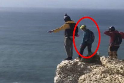 Deporte Extremo: se lanza al vacío desde un acantilado y muere porque le falla el paracaídas