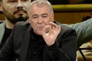 """La izquierda mediática deja como mentiroso a Borrell y salva al escupidor: """"Hay un gesto, pero no podemos decir que sea escupitajo"""""""