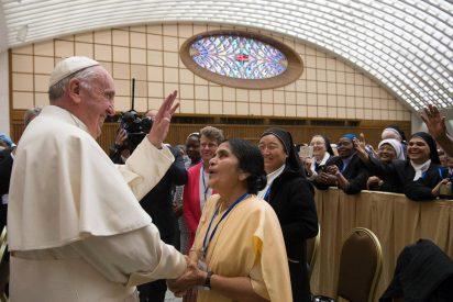 """Monjas de todo el mundo denuncian la """"cultura del silencio y el secreto"""" que permitió los abusos en la Iglesia"""