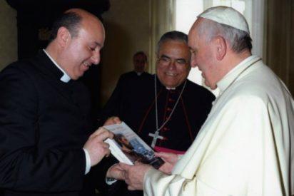 """El Papa, al nuevo obispo de Guadix: """"Cuídame bien esa diócesis"""""""