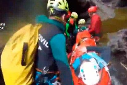 Rescate extremo de la Guardia Civil en un barranco de Huesca