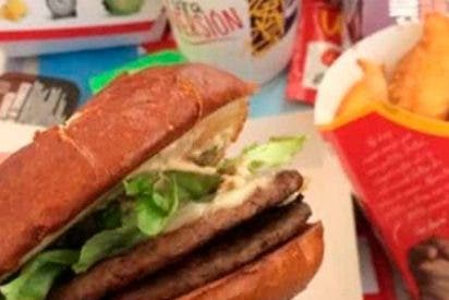 ¡Dientes humanos en una hamburguesa de McDonald's!