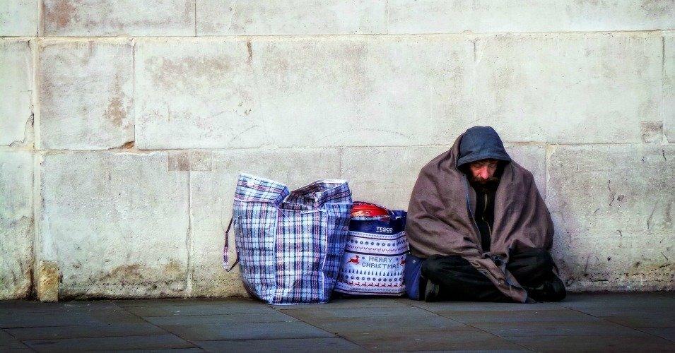 Cuarenta mil personas siguen viviendo en la calle en España hoy