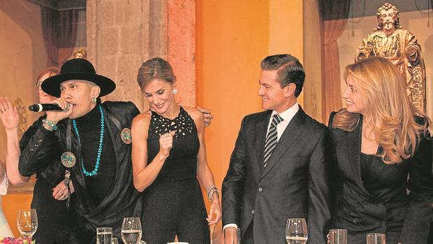 Doña Letizia, rota y en la picota por el suceso que casi mata a su ex amante mexicano