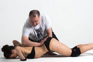 ¿Sabes en qué se diferencia un hipopresivo de un abdominal clásico?